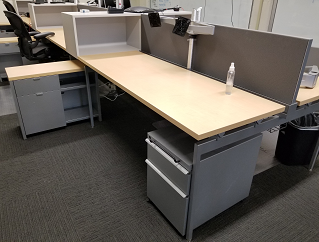 Knoll benching desk used