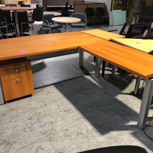 L-Shape Office Desks (used)