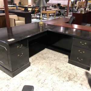 Black Traditional L-Shape Desk (used)