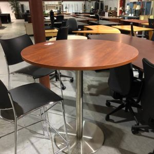 Tables – Cafe-style (used)