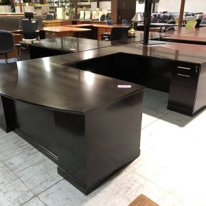 U-Shaped Office Desks