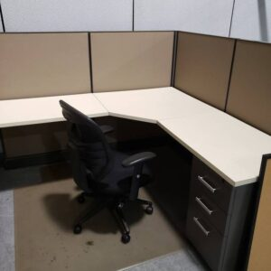 Low Wall AO2 Cubicle (used)
