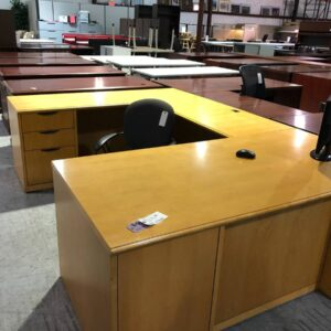 Blonde U-Shape Office Desk (used)