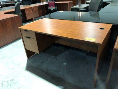 Used Single Pedestal Office Desks Nashville